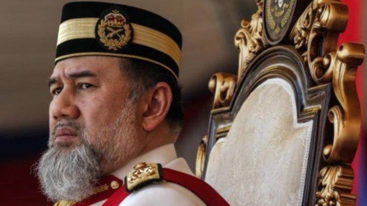 ȘOC ÎN MALAEZIA! Poporul îşi alege un nou rege după o abdicare surpriză