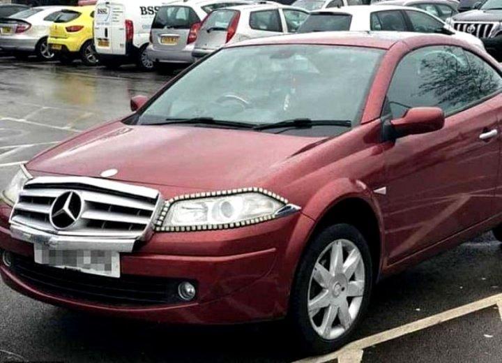 Imaginaţia şoferilor NU cunoaşte limite. Un bărbat şi-a transformat mașina, un Renault Megane, într-un Mercedes (FOTO)