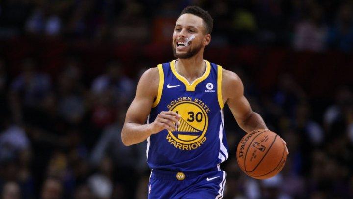 Sacramento Kings i-a făcut praf pe cei din Cleveland Cavaliers, după ce Stephen Curry înscrie mai multe puncte în ultimul sfert