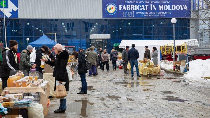O nouă ediţie a expoziţiei naţionale Fabricat în Moldova: Producătorii din întreaga ţară au venit cu tot ce au mai bun (FOTOREPORT)