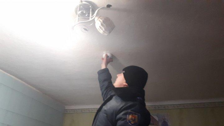 Polițiștii continuă Campania de prevenire a riscurilor de incendii și intoxicațiilor cu monoxid de carbon