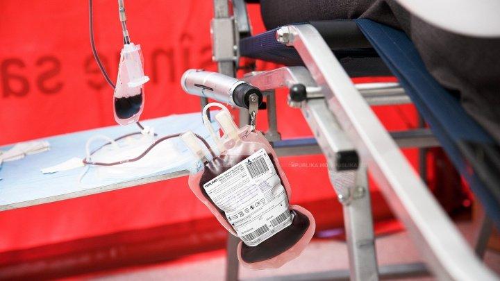 Salvează vieţi fără a cere ceva în schimb: Un bărbat din Bălţi a donat sânge de peste 40 de ori