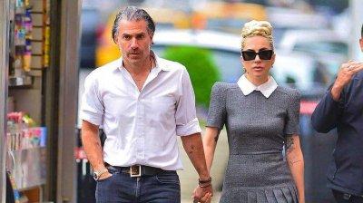 Şi-au amânat nunta! Lady Gaga şi Christian Carino s-au despărţit