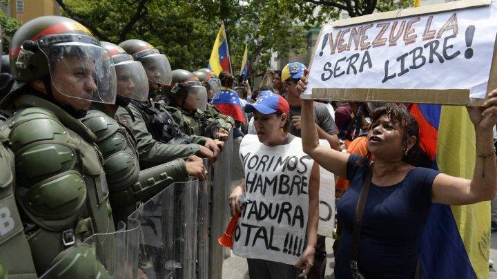 Vaticanul este pregătit să medieze criza din Venezuela, dacă ambele părţi doresc acest lucru