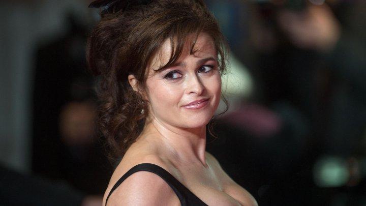 Actriţa Helena Bonham Carter se alătură mitingului de protest împotriva violenţelor asupra femeilor