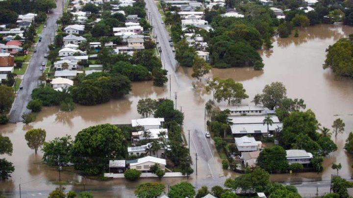 Două persoane au murit în urma inundaţiilor record înregistrate în Australia