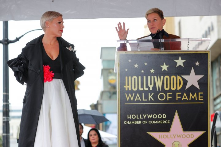 Cântăreaţa americană Pink a primit o stea pe Hollywood Walk of Fame