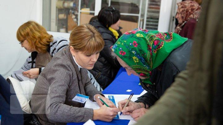 ALEGERI PARLAMENTARE și REFERENDUM CONSULTATIV. Peste 1 450 000 de moldoveni au ieșit astăzi la vot