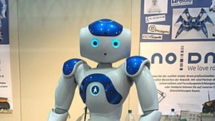 Un robot va fi folosit în TERAPIA pentru COPII CU SINDROMUL AUTIST în România (VIDEO)