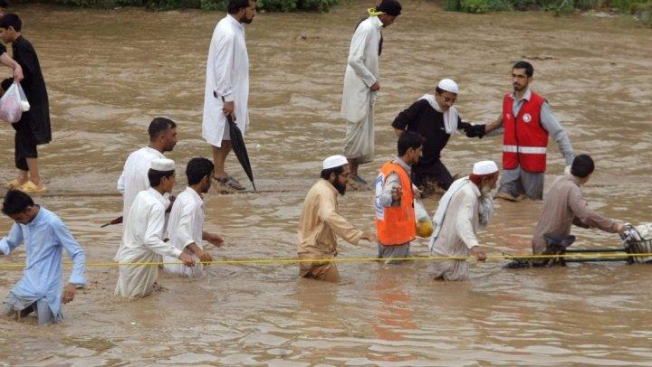 Ploi şi ninsori abundente în Pakistan. Cel puțin 28 de oameni au murit