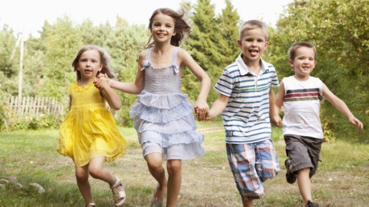 Raport Eurostat: Copiii din România sunt CEI MAI SĂNĂTOŞI din Europa