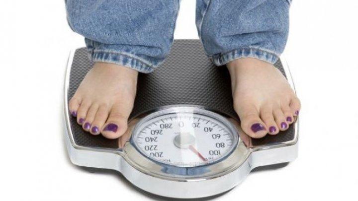 Topul motivelor care împiedică scăderea în greutate. Lipsa somnului şi moştenirea gentică sunt doar doi factori