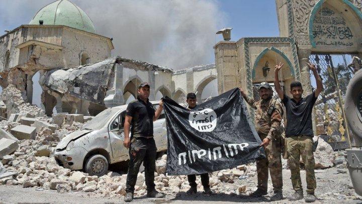 SFÂRŞITUL CALIFATULUI. Sute de victime şi susţinători ai ISIS, pe drumuri (VIDEO)