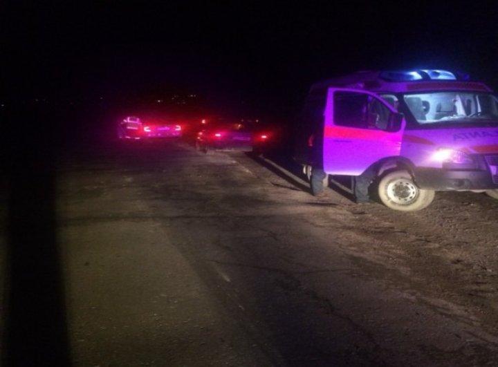 ACCIDENT MORTAL la Sângerei: Un bărbat, spulberat de un BMW, la volanul căruia era un tânăr (FOTO)