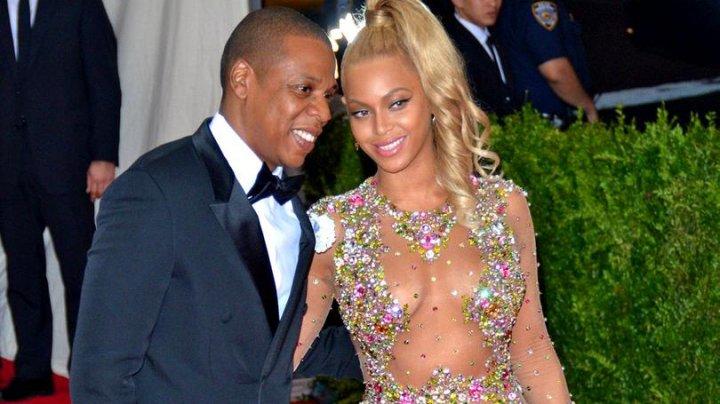 Beyonce și Jay-Z oferă bilete gratuite pentru următorii 30 de ani. Care este condiţia