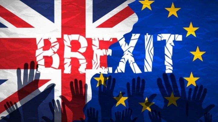 Brexitul s-ar putea amâna cu nouă luni, la cererea Guvernului Marii Britanii