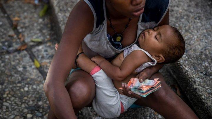 Haos pe străzile din Venezula. Copiii devin victimile pedofiliei şi epidemiilor de boli