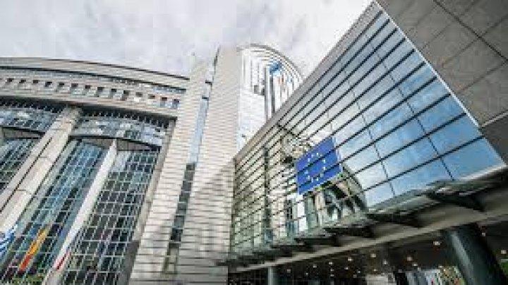 Diplomați UE: Sunt sute de agenți ai serviciilor de informații ruse și chineze LA BRUXELLES