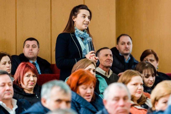Pavel Filip în dialog cu oamenii din Cimişlia: Guvernarea PDM va demara noi proiecte pentru dezvoltare locală