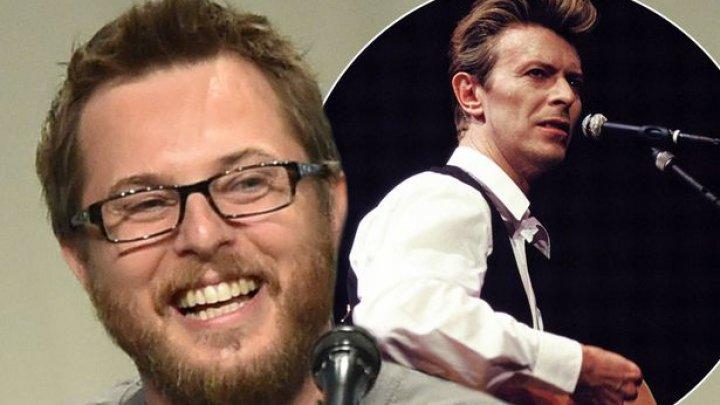 Fiul lui David Bowie atacă proiectul unui film biografic despre tatăl său. Vezi motivul