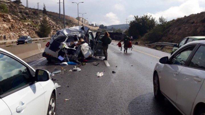 Autocar răsturnat în Israel, Tel Aviv: Două persoane au fost ucise şi alte 41 rănite