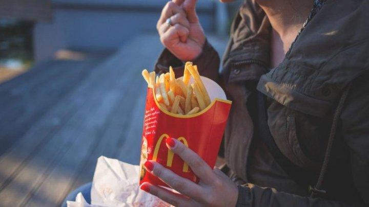 Ce înseamnă foamea emoțională și cât de periculoasă este pentru sănătate