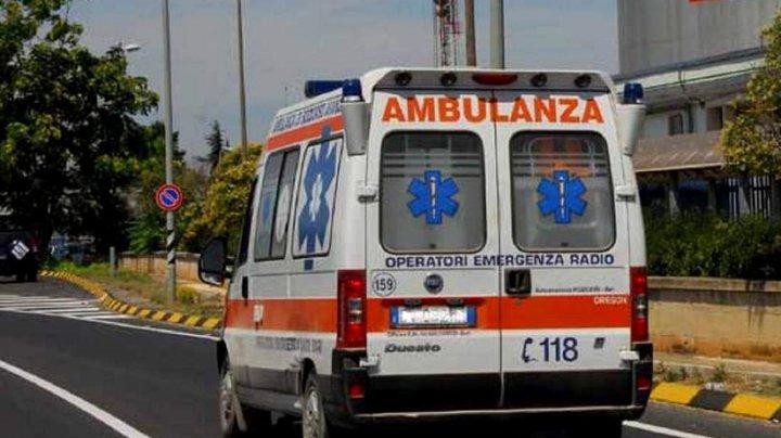 Strivit de un tomberon. Un român A MURIT în Italia sub o urnă metalică