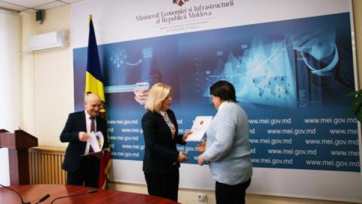 MEI a acordat diplome de onoare celor mai reprezentativi ghizi și asociații de turism din Moldova