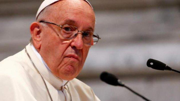Papa Francisc: Biserica Catolică depune eforturi pentru a rezolva cazurile de abuzuri sexuale suferite de călugăriţe din partea unor clerici