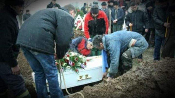 Cutremurător! Un copil a înviat cu o oră înainte de a fi înmormântat