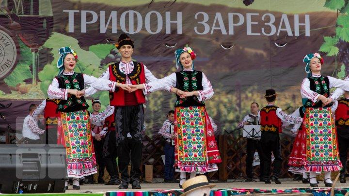 Chef de zile mari la Taraclia. Comunitatea bulgarilor a sărbătorit ziua Sfântului Trifon (FOTOREPORT)