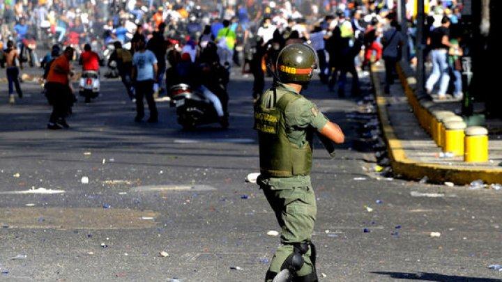 INCIDENT ARMAT produs la frontiera Venezuelei cu Brazilia: Un mort şi numeroşi răniţi