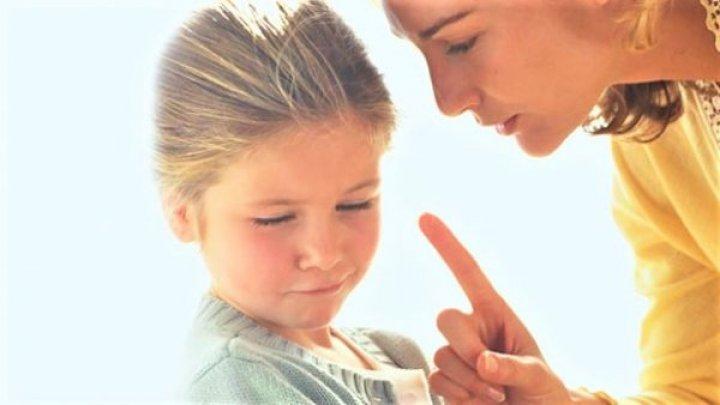 Dacă nu vrei să ai un copil needucat, trebuie neapărat să-l înveți aceste 5 lucruri
