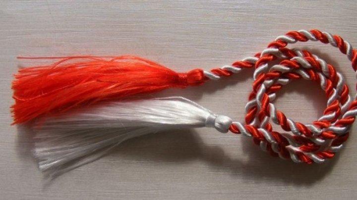 Tradiții și obiceiuri de 1 martie. Ce semnificație are șnurul alb-roșu