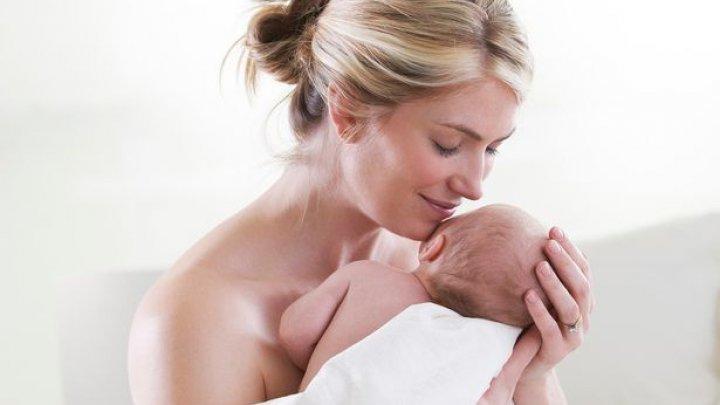 Sigur nu știai! De ce mirosul bebelușilor ne place atât de mult?