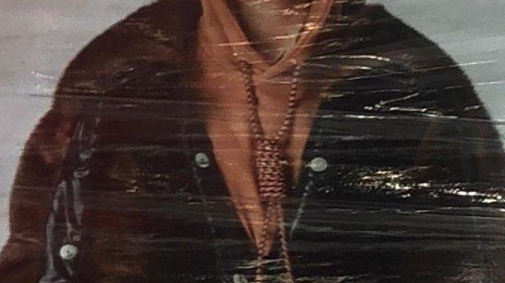 Burberry, gafă uriașă în lumea modei. Ce piesă vestimentară a lansat
