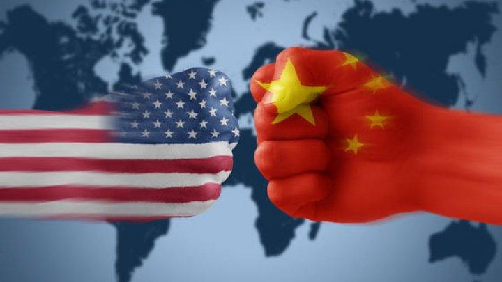 Război comercial: SUA și China vor relua negocierile comerciale săptămâna viitoare la Beijing
