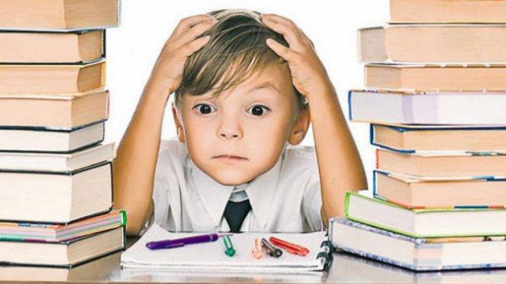 STUDIU: De ce copiii fără teme pentru acasă învață mai bine