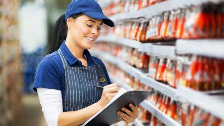 Reformele fiscale, lăudate de un supermarket din Capitală. Angajații au beneficiat de salarii majorate