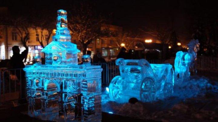 ARATĂ IMPRESIONANT! TOP 10 cele mai frumoase sculpturi de gheață din lume