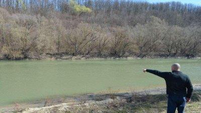 Un moldovean dornic de a munci în România, reţinut la frontieră. Care a fost MOTIVUL