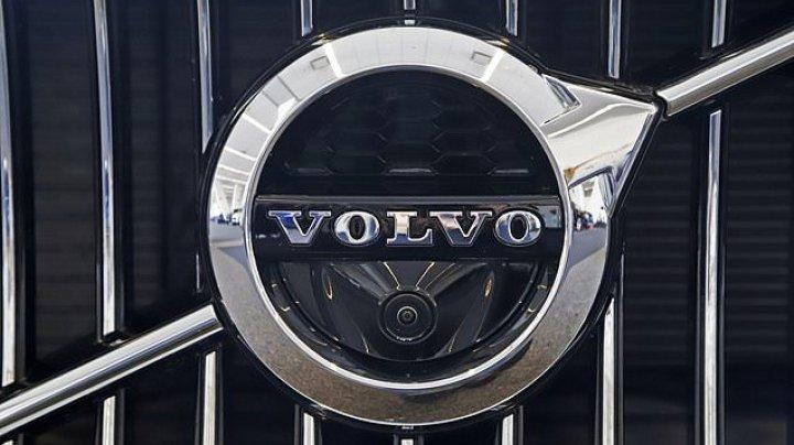 Volvo limitează viteaza maximă a maşinilor sale. Din ce motiv