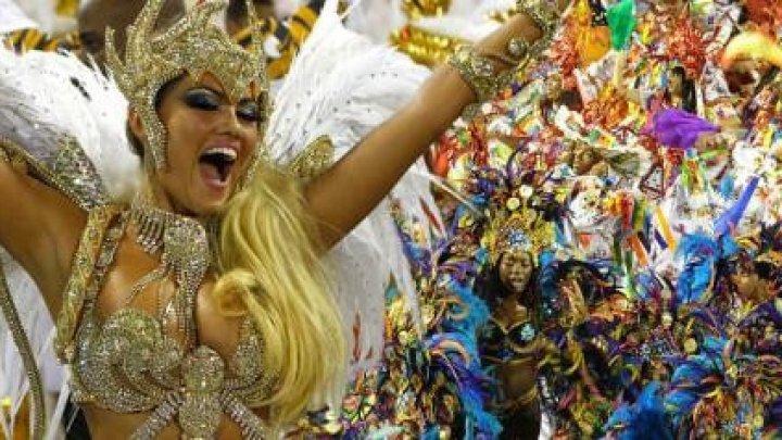 A început Carnavalul de la Rio. Marile şcoli de samba vor face parade spectaculoase