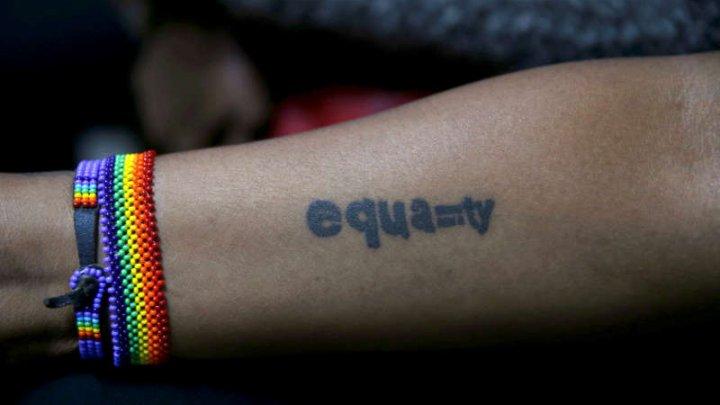 STUDIU: Circa 4,5% din populaţia adultă din SUA se identifică ca aparţinând comunităţii LGBT