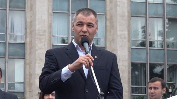 Blocul ACUM insistă pe alegeri anticipate. Anunțul făcut de deputatul binomului PAS-PPDA, Octavian Țîcu