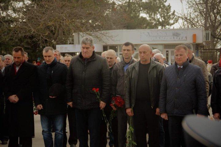 Eroii nu se uită. Victimele conflictului armat de la Nistru, comemorate la Coşniţa