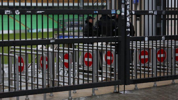 SECURITATE MAXIMĂ la meciul anului dintre Moldova și Franța. Sute de polițiști vor asigura ordinea publică