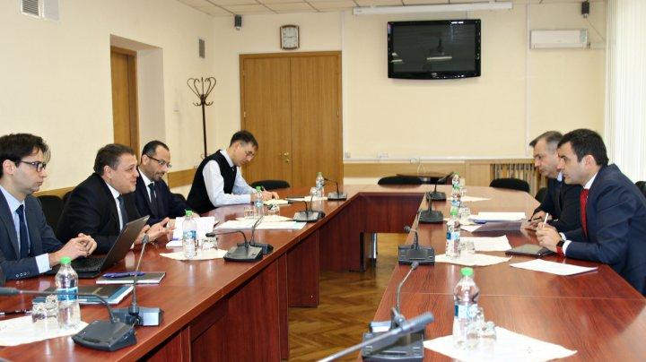 Chiril Gaburici a avut o întrevedere cu reprezentanții misiunii FMI
