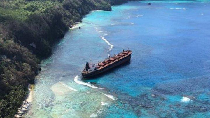 Au fost OTRĂVITE apele. Un arhipelag din Pacific trece prin cel mai mare DEZASTRU ECOLOGIC