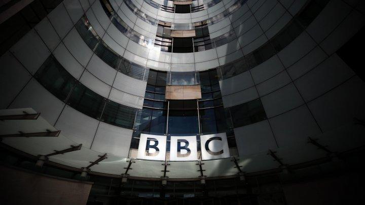 BBC este anchetat pentru DISCRIMINARE DE GEN. Ar fi plătit mai puţin femeilor decât bărbaţilor cu aceleaşi funcţii